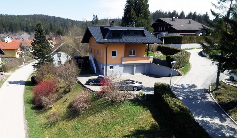In nur 35 Minuten nach Salzburg: Einfamilienhaus in Traumhafter Ruhelage auf 1.100m² Grundstücksfläche